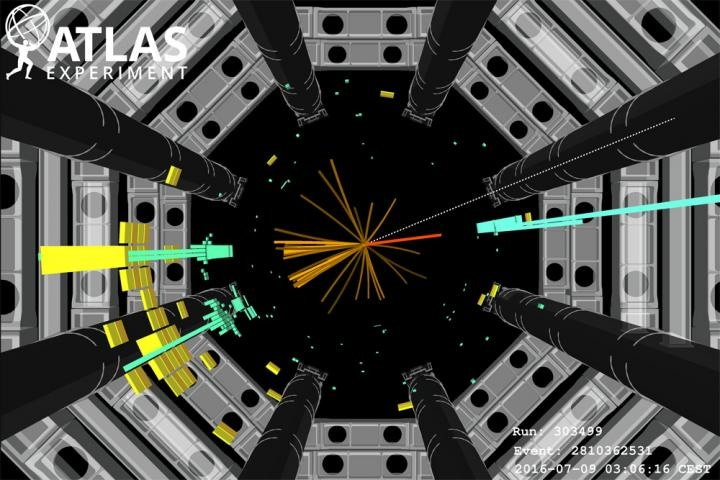 Researchers Find Strong Evidence that Higgs Particle Decays into Quarks